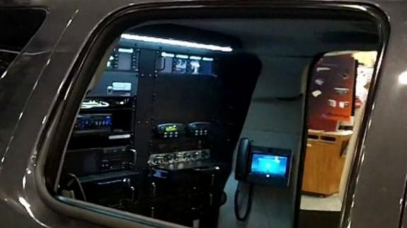 Alcatel-Lucent demo of Striker 1 LTE vehicle