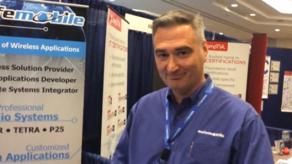 SafeMobile: Darren Kastner demonstrates solution to bridge two-way radio, Android communications