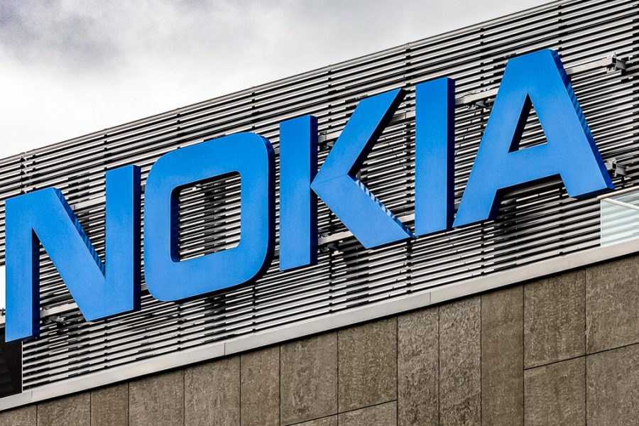 Nokia, Lenovo shake hands on patent deal