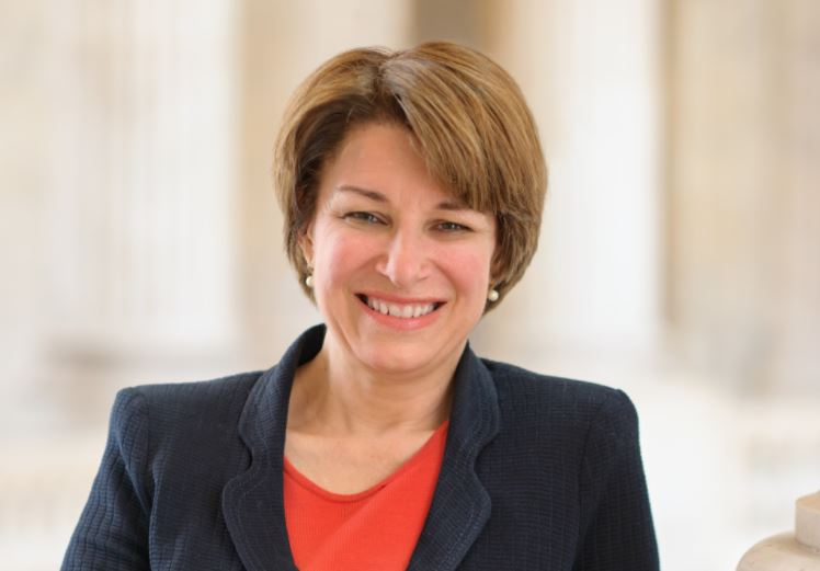 Klobuchar pledges support for NG911 funding, does not address specifics of proposal