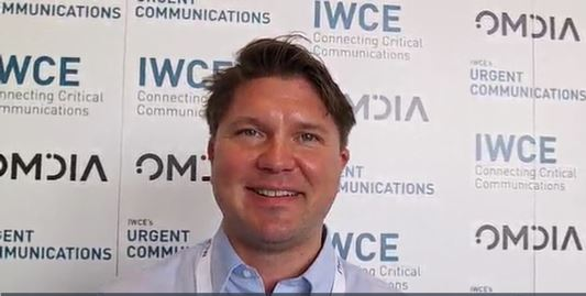 AINA Wireless: Maximilian LeRoux demos LTE speaker microphone's direct-mode PTT capabilities